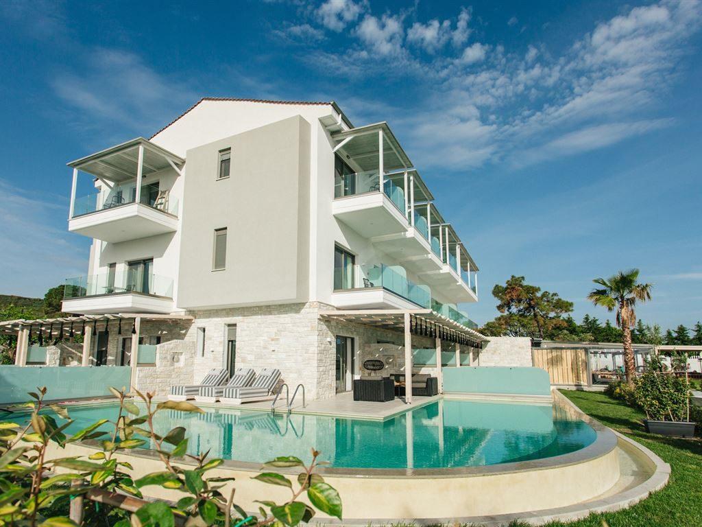 Blue Carpet Luxury Suites Apartmani