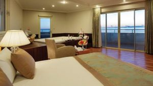 crystal-admiral-hotels-suites-spa