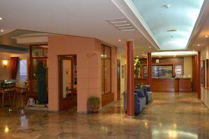 hotel-astron
