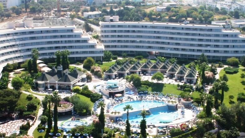 hotel-grand-blue-sky