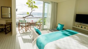 holiday-inn-resort-kandooma-maldives