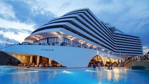 hotel-titanic-beach-lara