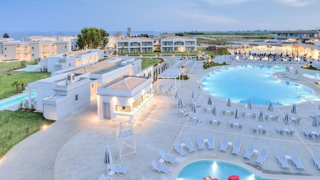blue-lagoon-princess-hotel