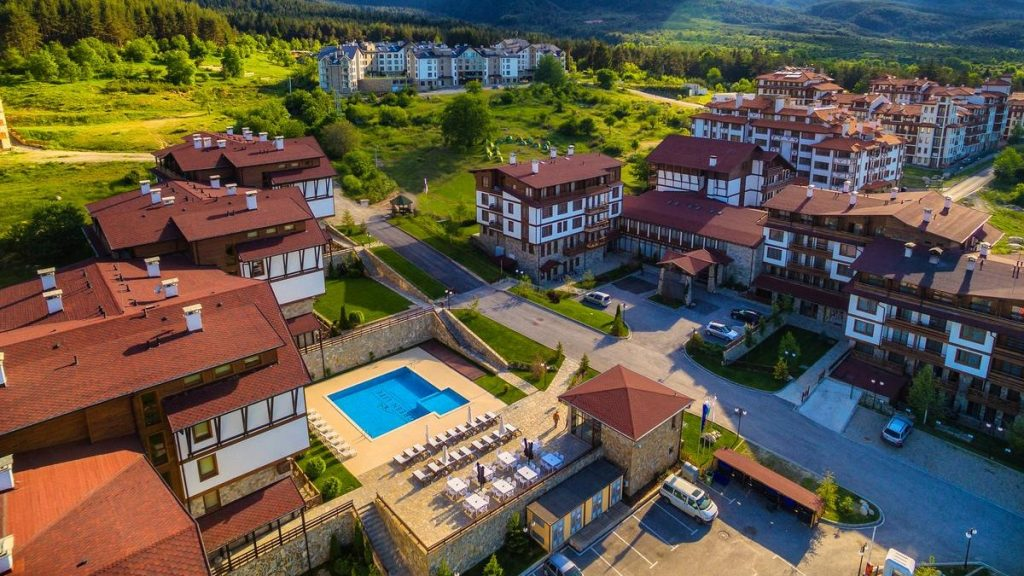 hotel-green-life-bansko-main-building