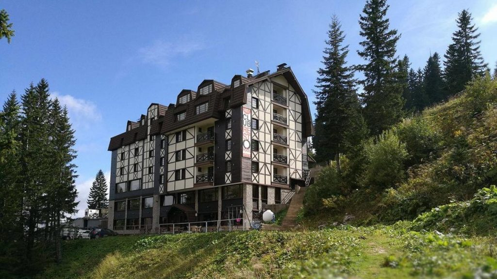 hotel-lavina