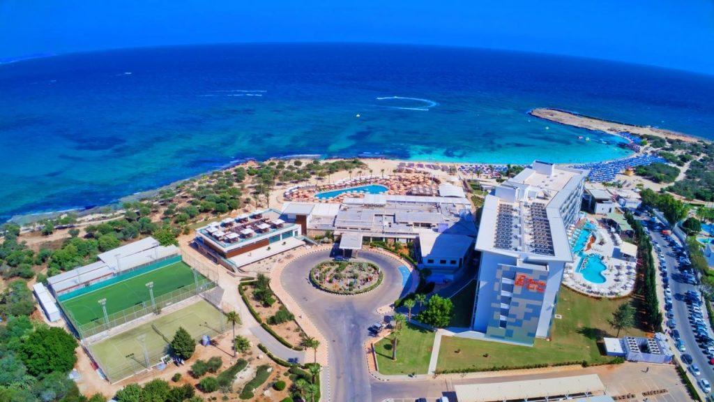 asterias-beach-hotel