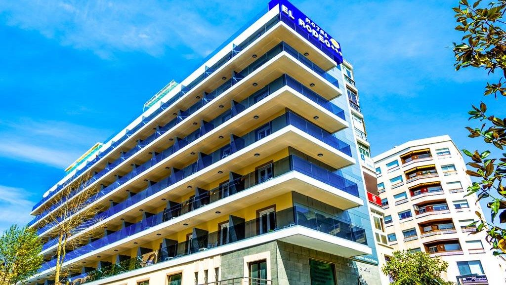 hotel-monarque-el-rodeo