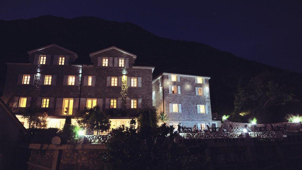 hotel-per-astra