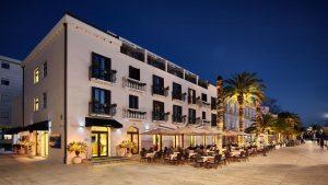 hotel-pine