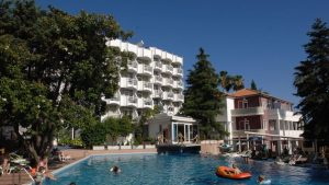 hunguest-hotel-sun-resort