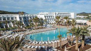 grand-palladium-white-island-resort-spa