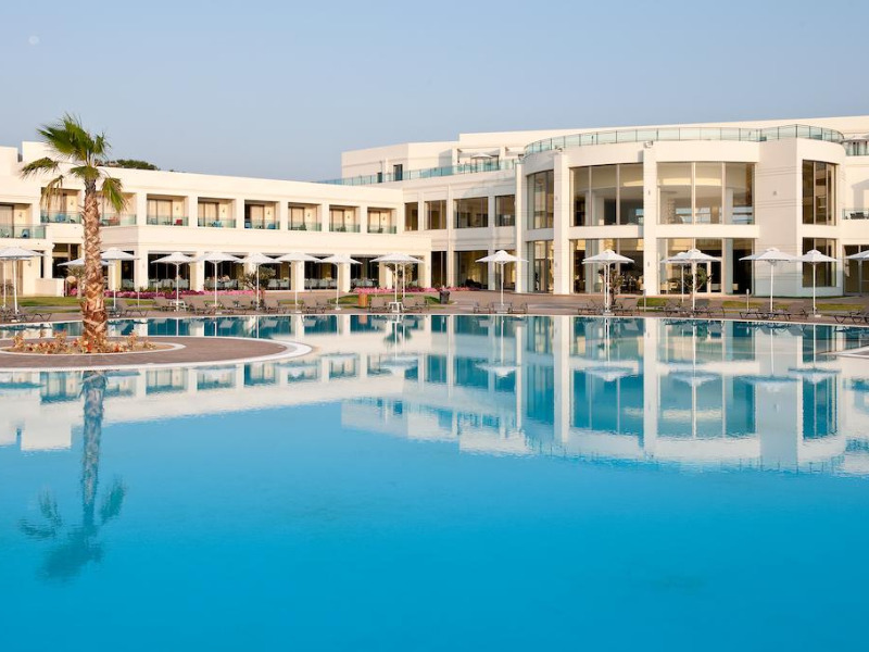 apollo-blue-palace