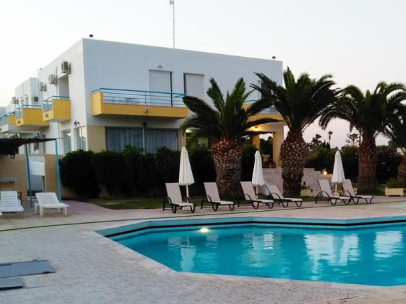 leonidas-hotel