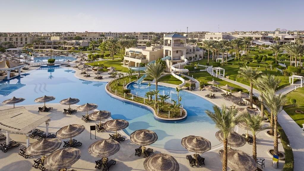 coral-sea-holiday-resort