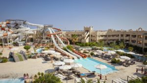 coral-sea-waterworld-hotel