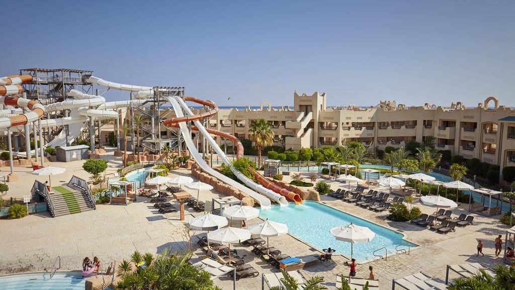 coral-sea-waterworld-hotel
