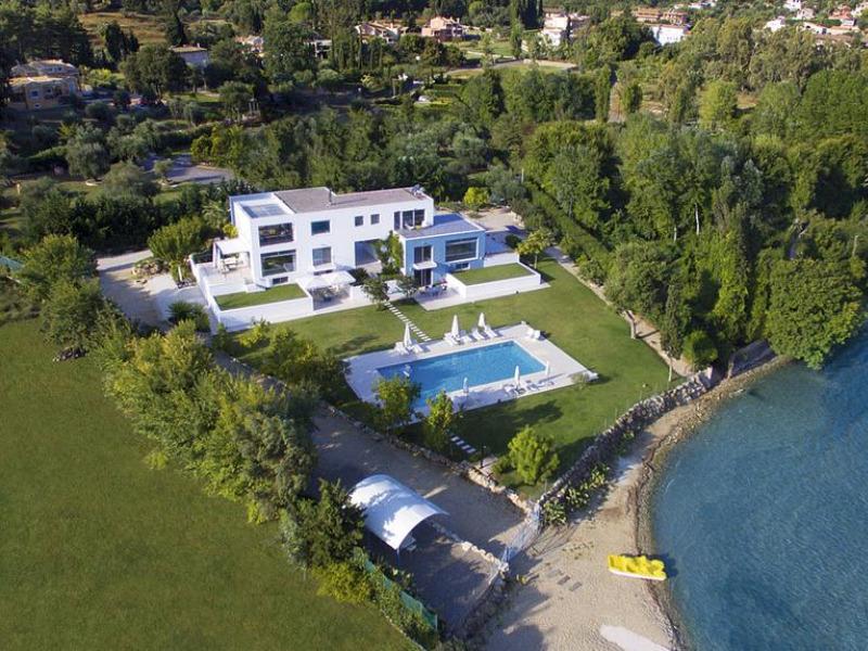 luxury-beach-villa