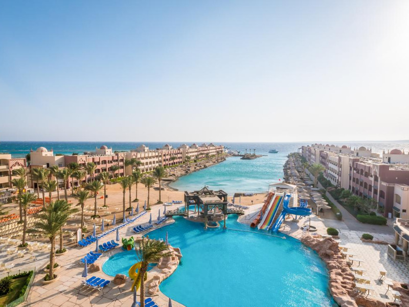 sunny-days-resort-hotel