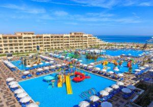 white-beach-albatros-hotel